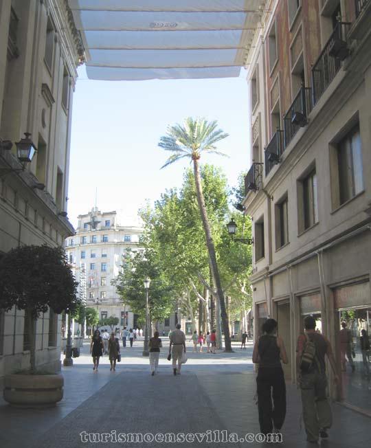 Salida de calle Tetuán a Plaza Nueva
